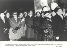"""Odsłonięcie pomnika """"Ofiar Grudnia 1970"""" w Gdyni"""