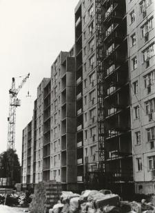 Budownictwo mieszkaniowe oraz handlowe w Elblągu (Zawada, Nowowiejska) [fotografia]