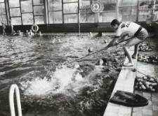 """Kryta pływalnia """"Delfin"""" w Elblągu [fotografia]"""