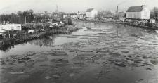 Elbląg (rzeka) ; Port w Elblągu [fotografie]