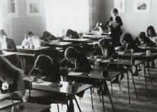 Egzamin dojrzałości - Matura 1977 [fotografie]