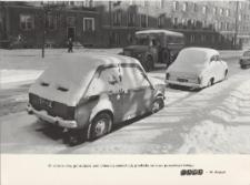 Ulica Trybunalska w Elblągu w zimowej szacie