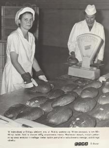 Wypiek chleba w piekarni przy ulicy Niskiej w Elblągu