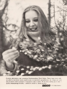 Piękna modelka w otuleniu wiosennej aury przypomina o dniu 8 marca