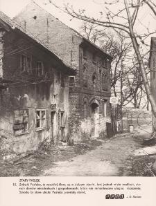 Stary Pasłęk - zniszczona zabudowa miejska